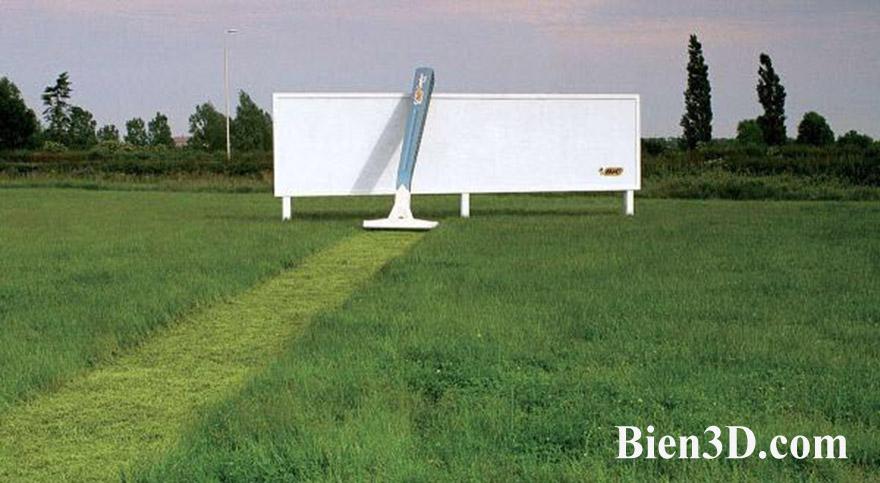 Bic-Razor-Billboard
