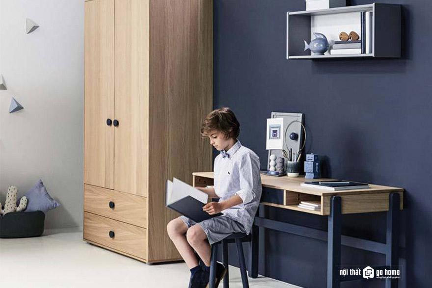 Cách chọn bàn học tập cho bé trai