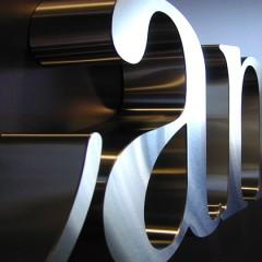 Chữ inox 3D sản phẩm cao cấp