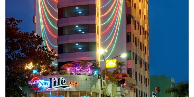 Nhận thi công bảng hiệu đèn neon sign cho quán karaoke